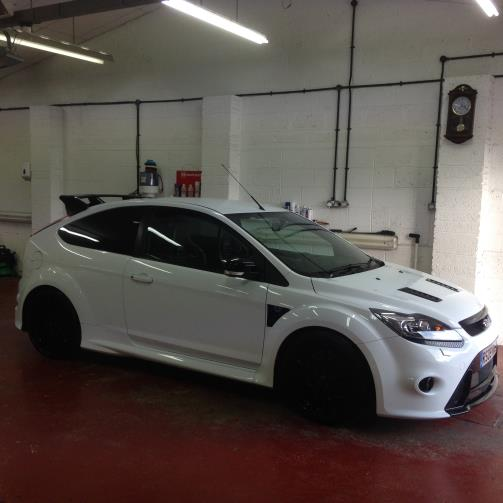White Focus RS Angled